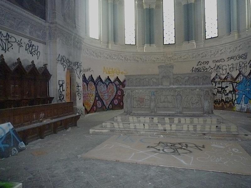 graffiti in the bon pasteur church in lyon, frace