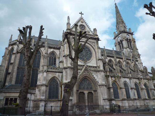 http://www.latribunedelart.com/IMG/jpg/Eglise_Saint-Jacques-2.jpg